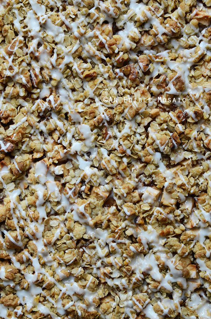 Apple Slab Pie with Nutty Oat Crumble Topping 3