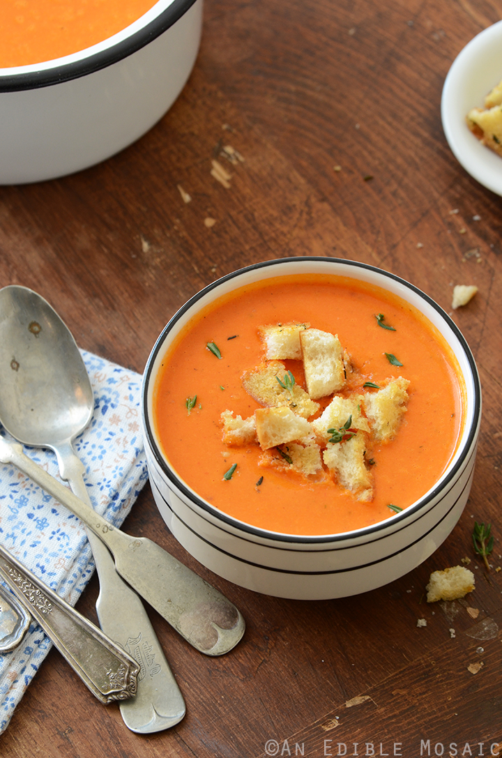 Roasted Red Pepper Soup with Cheesy Herb and Garlic Croutons 3