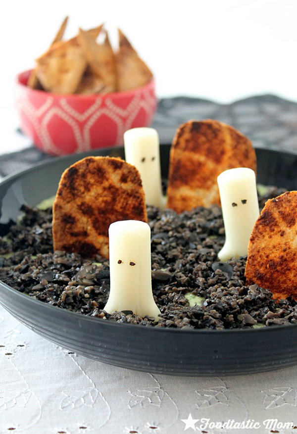 Ghost in the Graveyard Dip from Foodtastic Mom