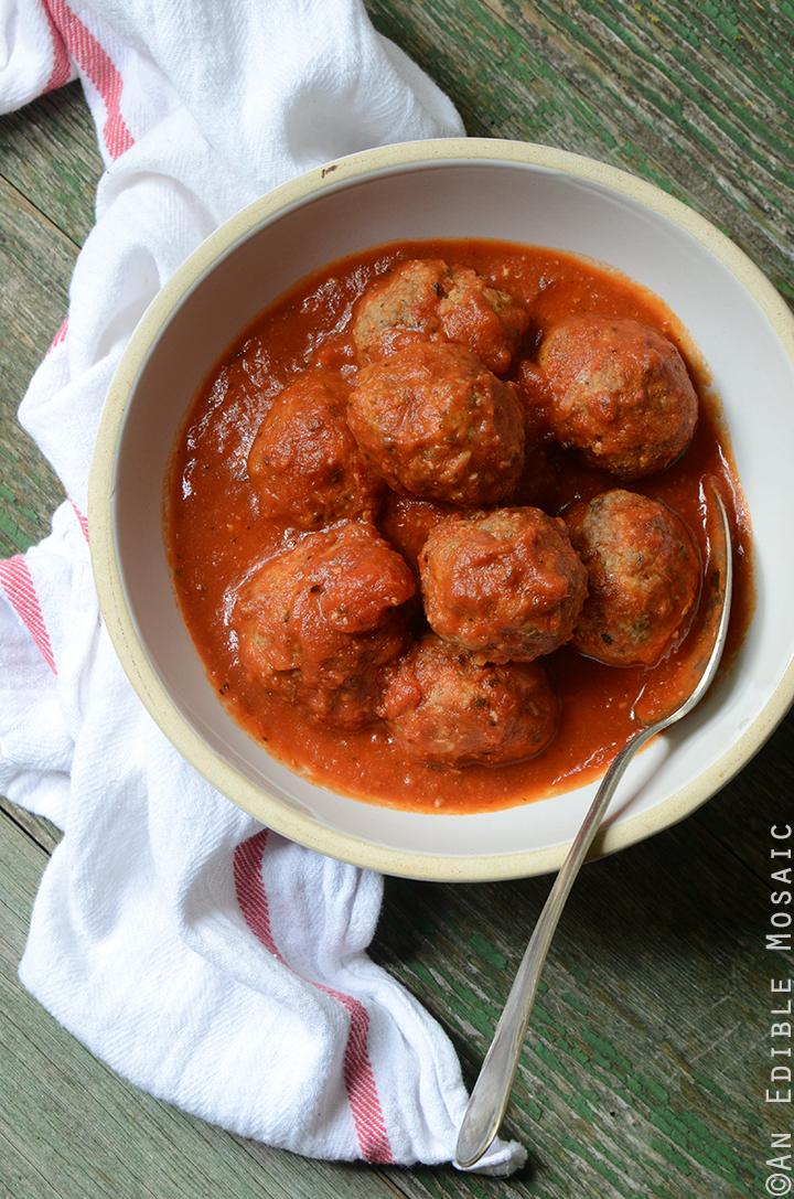 Italian-Style Beef Meatballs Simmered in Tomato Sauce {Gluten Free} 1