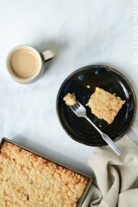 Streusel-Topped Apple Cinnamon Custard Cake