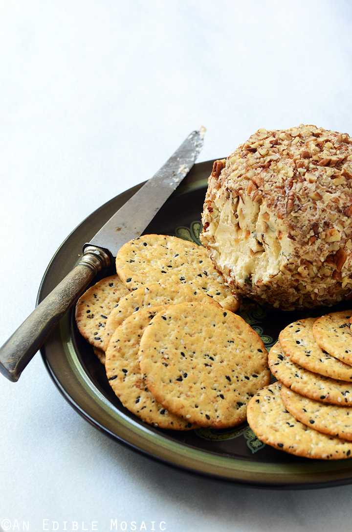 French Onion Soup Cheese Ball 1