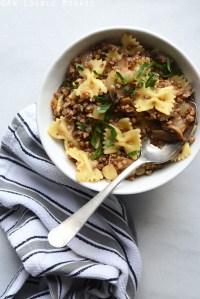 Kasha Varnishkes (Buckwheat Groats with Bowtie Pasta)