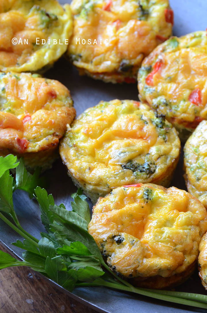 Broccoli and Red Pepper Egg Muffins {Gluten-Free; Lactose-Free} 2