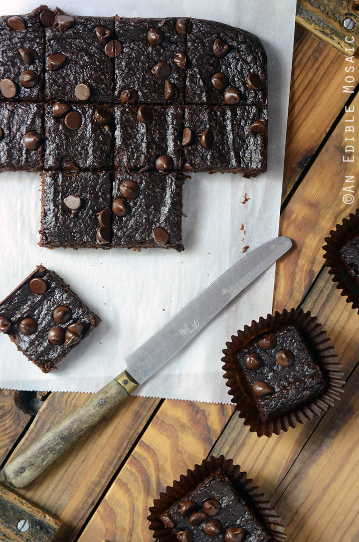 Secretly Healthy Fudgy Chocolate Sweet Potato Brownies {Paleo} 1