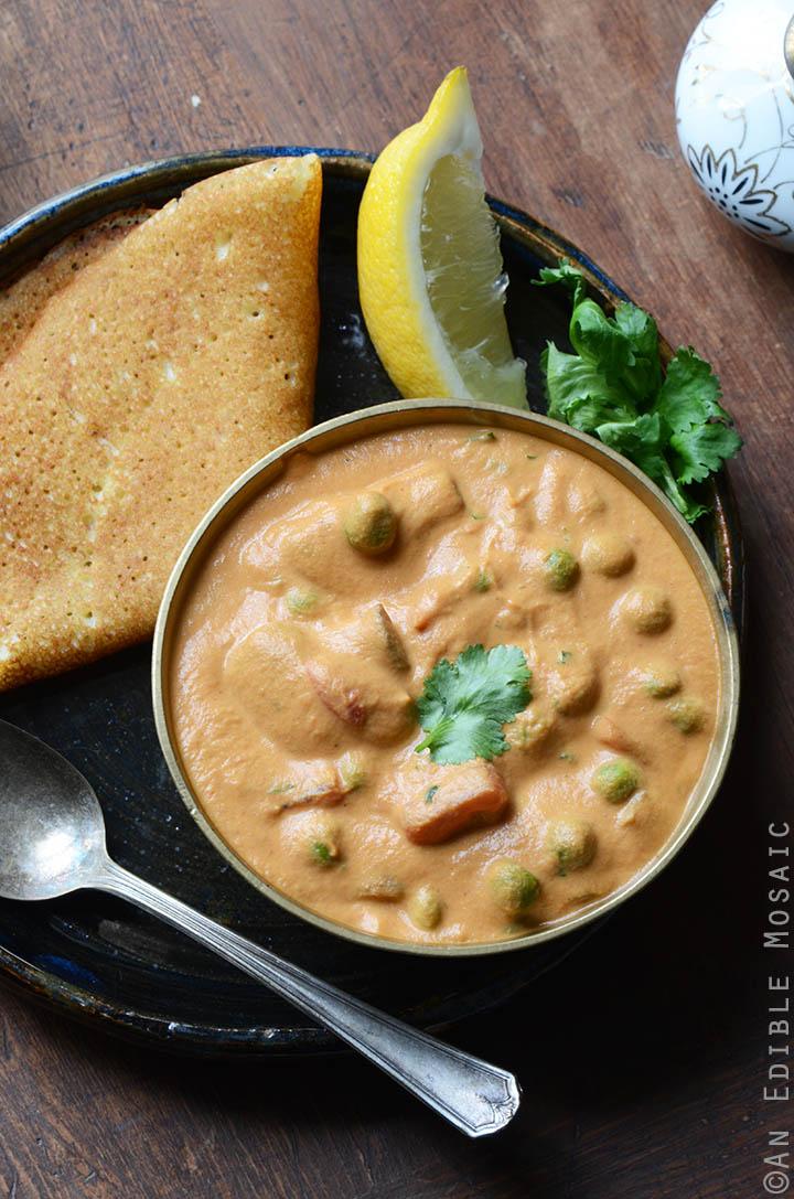 Creamy Cashew Mushroom and Green Pea Masala {Vegan} 2