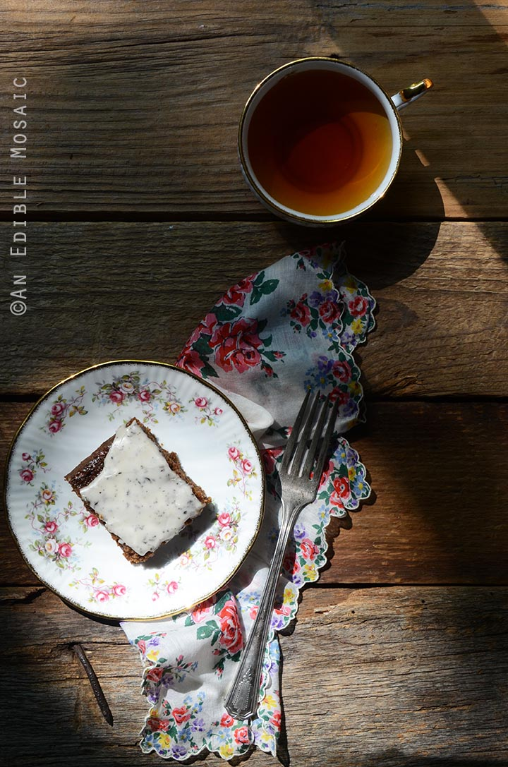 gingerbread-snack-cake-with-earl-grey-glaze-4