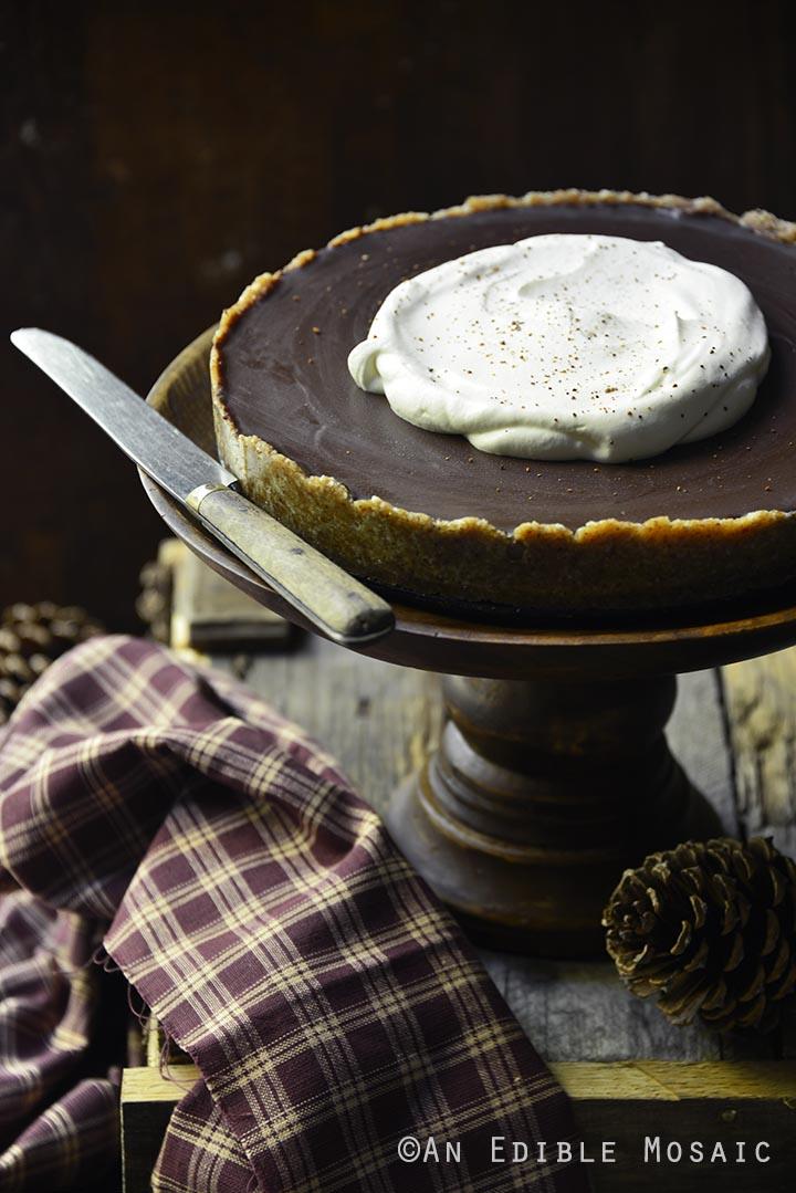 no-bake-vegan-spiced-pumpkin-tart-with-chocolate-ganache-paleo-3