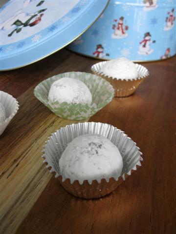 eggnog-truffles-full-view-small