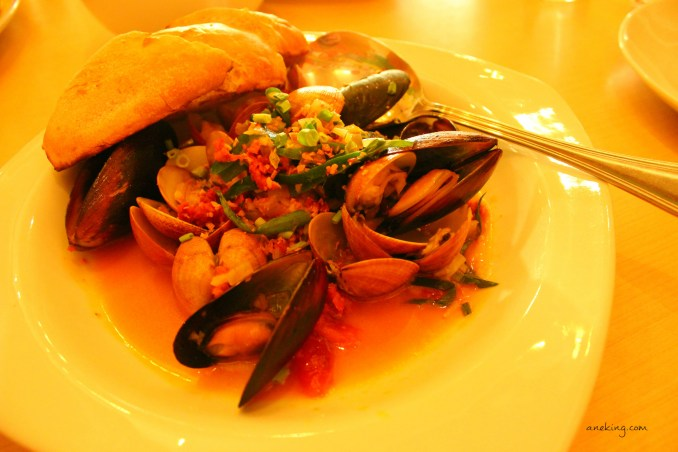 chorizo and mussels