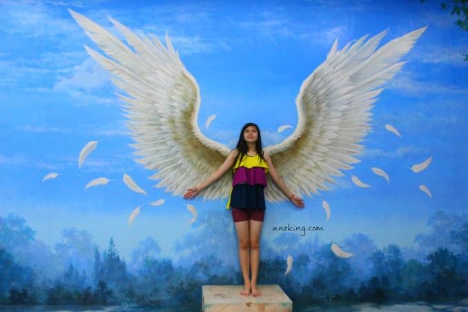 angel in art in island
