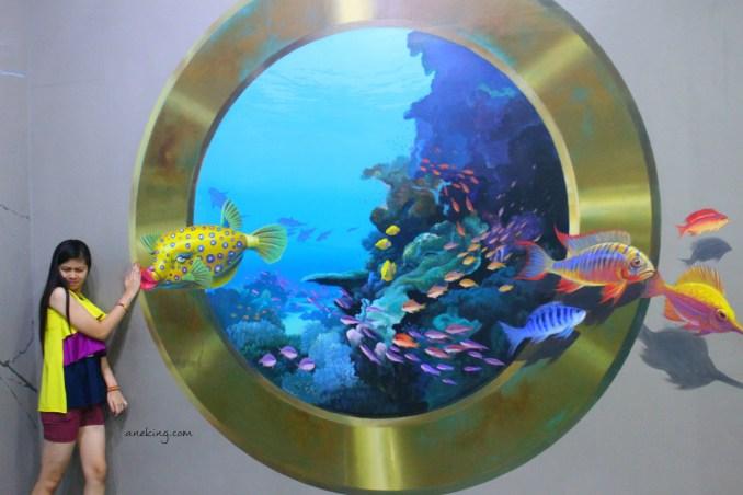 kissing fish in Art in Island