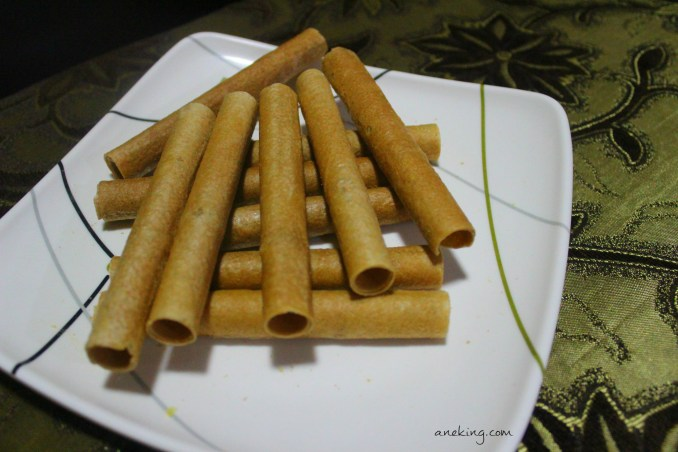 Barquillos tubed pastry