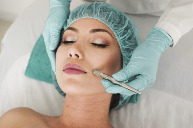 Lady getting a chemical peel