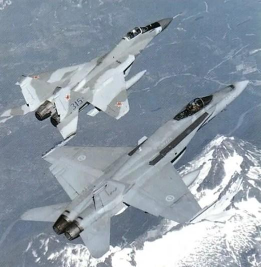 Fotografía de dos aviones