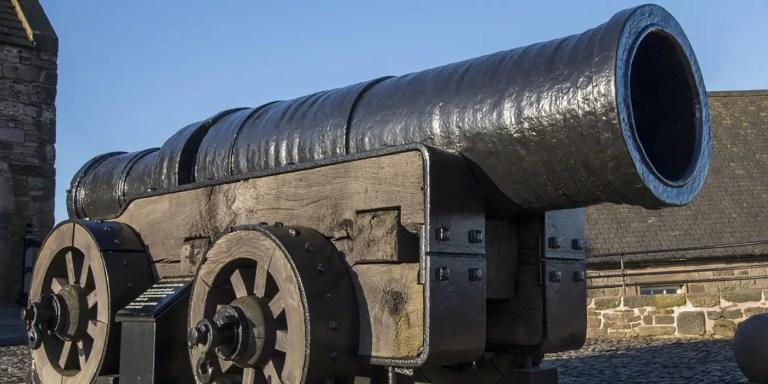 Mons Meg, el cañón gigante más grande del Renacimiento