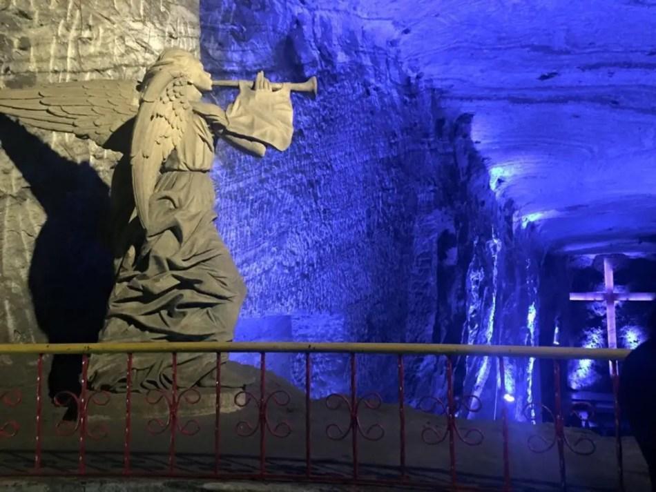 Fotografía del interior de las salinas de Zipaquirá.