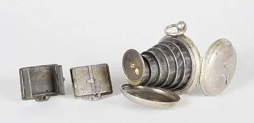 Reloj cámara Lancaster utilizado por los espías victorianos.
