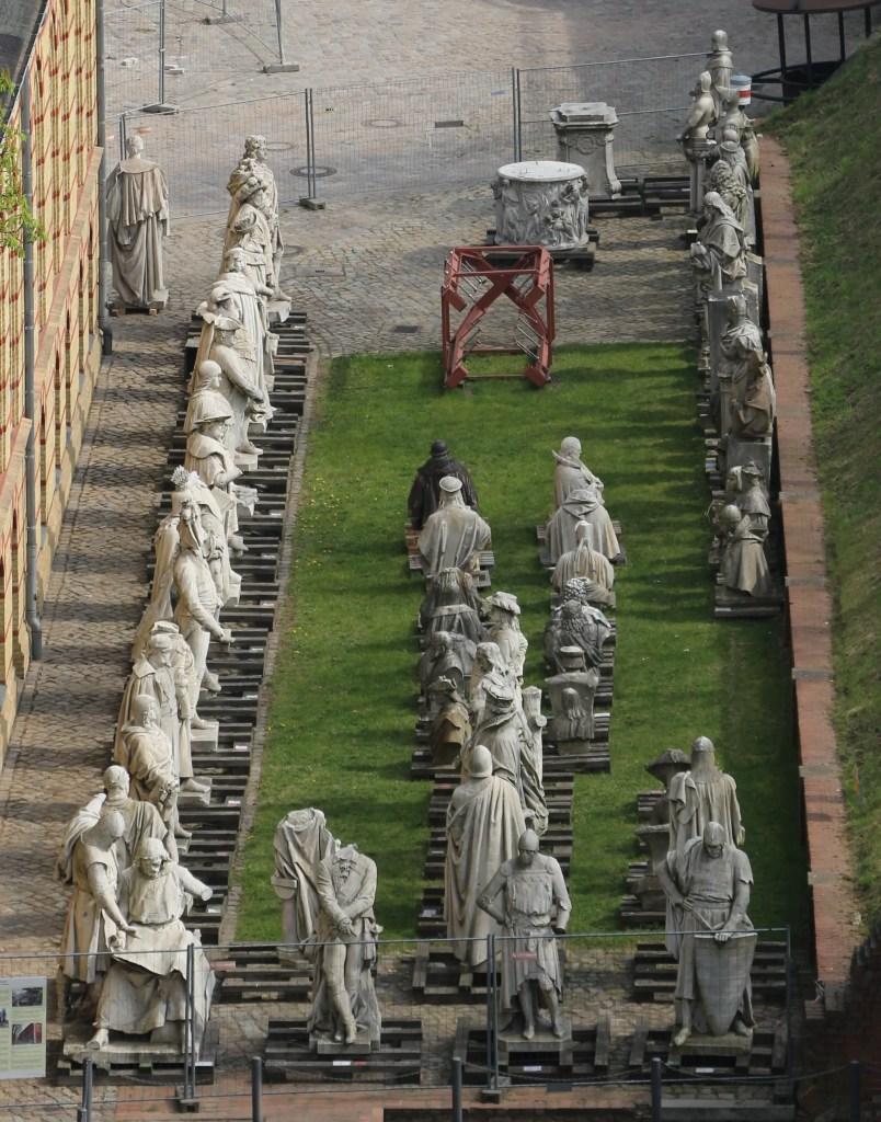 Fotografía de la Siegesallee, la prisión para estatuas.
