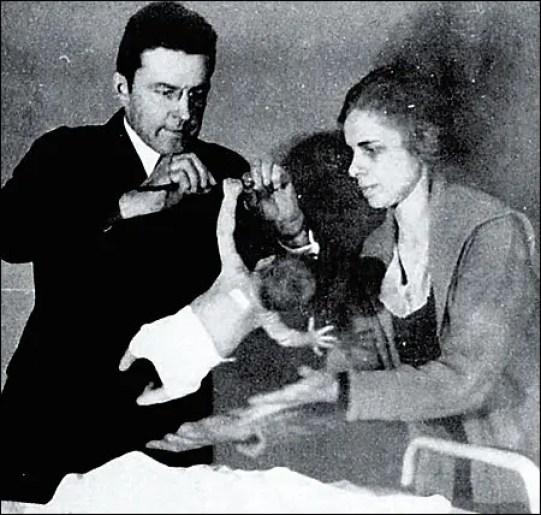 Fotografía del experimento sobre las fobias de Watson.