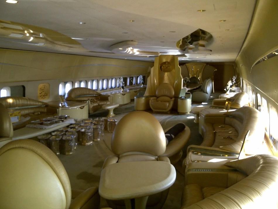 El lujoso avión privado de Al-Waleed bin Talal.