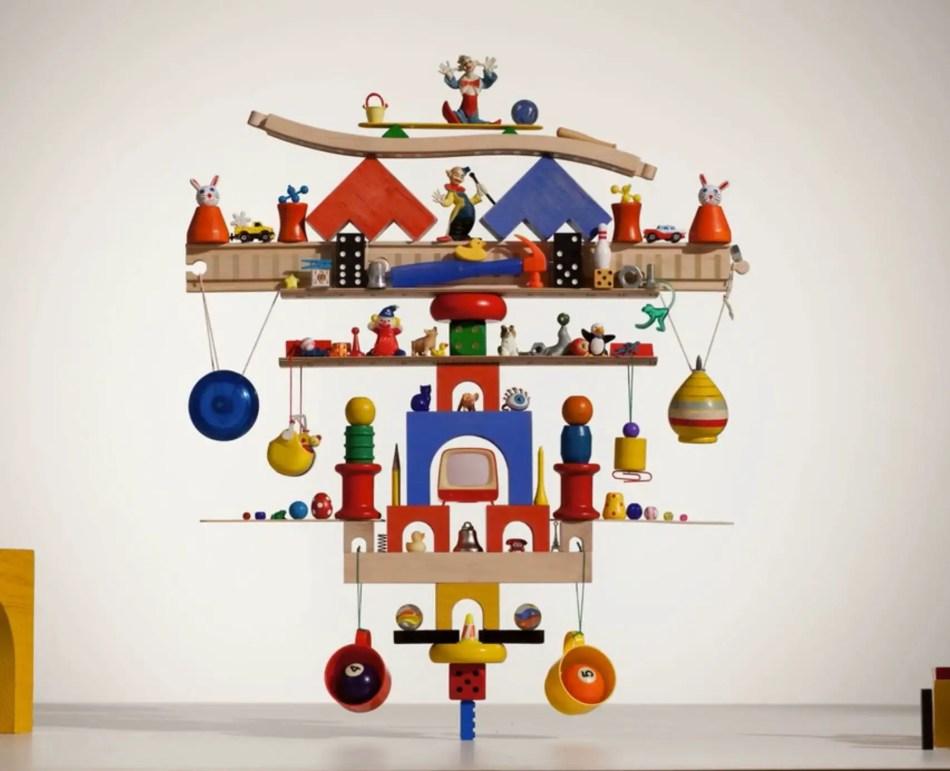 Obra en equilibrio sostenida enteramente por una pieza de Lego.
