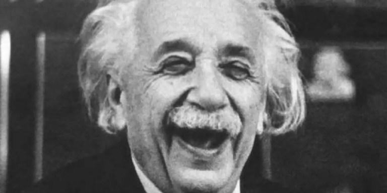 Las mejores réplicas de la Historia, de Einstein a Voltaire