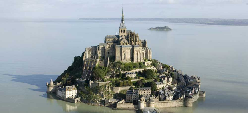 Mont Saint-Michel, el reloj solar más grande del mundo.
