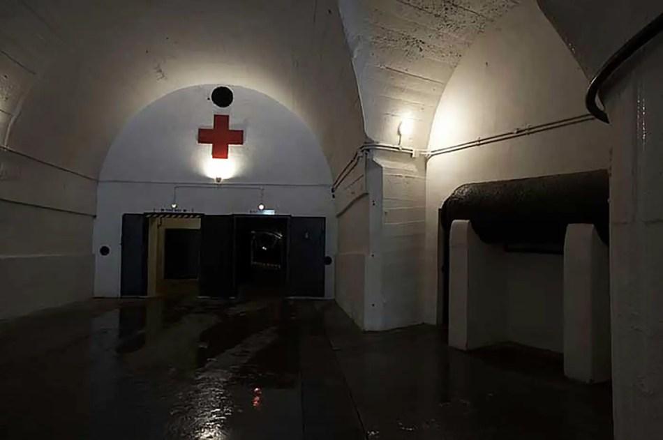 Corredores fortificados del hospital H08.