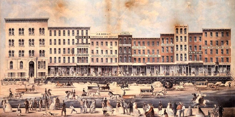 Grabado del siglo XIX mostrando como una manzana entera es elevada durante la Elevación de Chicago.