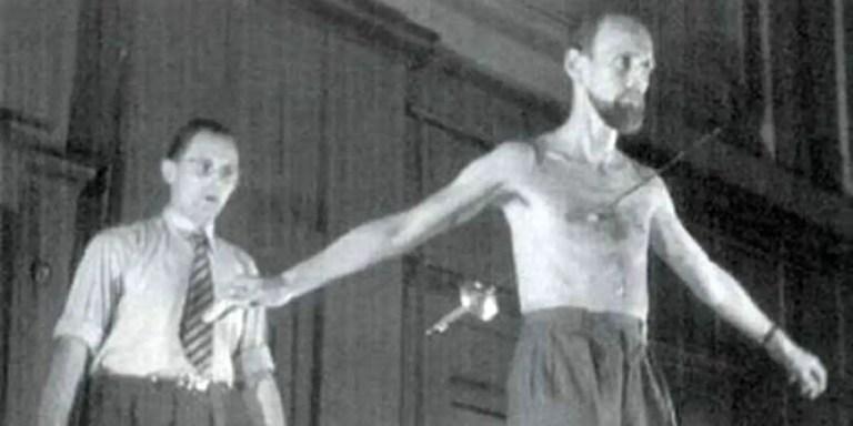 Dajo el hombre de goma, el último de los faquires capturado en vídeo
