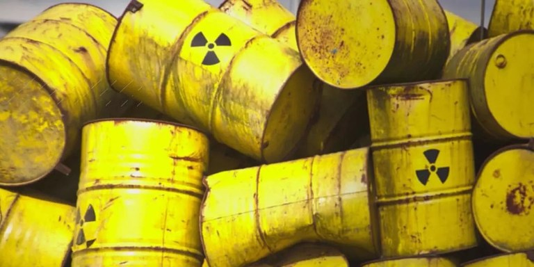 Las advertencias dejadas en los basureros nucleares