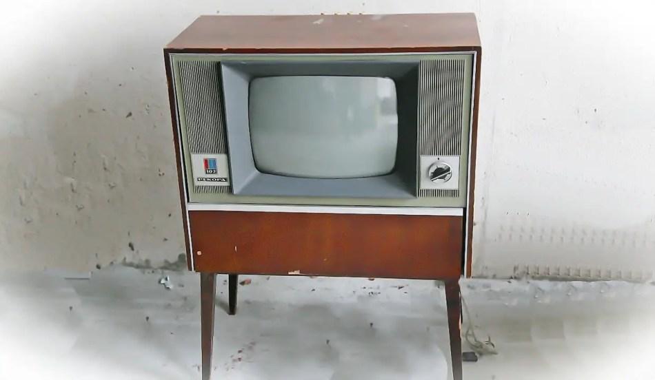 Televisores soviéticos Record 102.