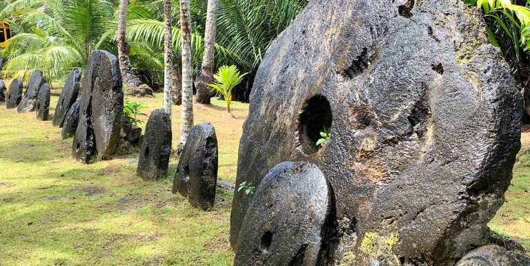 Monedas gigantes: de las singulares rocas de Rai a la moneda de oro de una tonelada