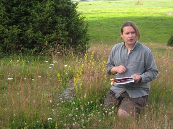 Artgenomgång med Anders Barkengren, dagens guide. Foto: Gunnar Hesse