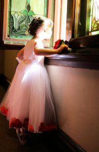 1099842_little_girl_by_window