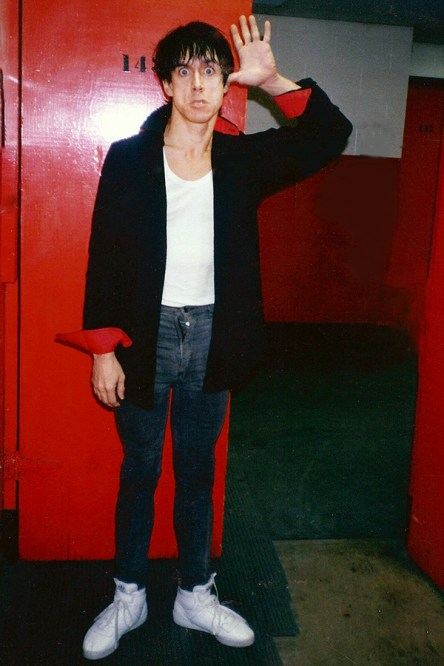 BACKSTAGE WITH IGGY POP