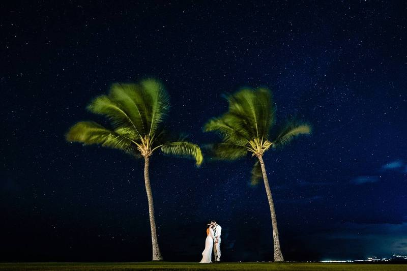 bride and groom portrait with the stars in maui, hawaii