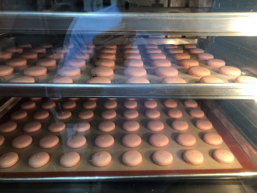 High volume french macaron production