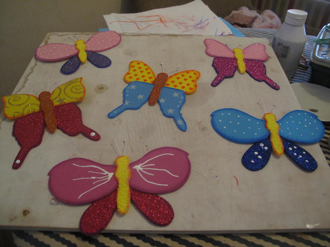 Meriposas de goma eva para decoración o tarjetas, además del molde para imprimir.