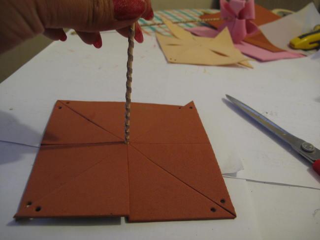 9-poner-palillo-madera-orificio-central