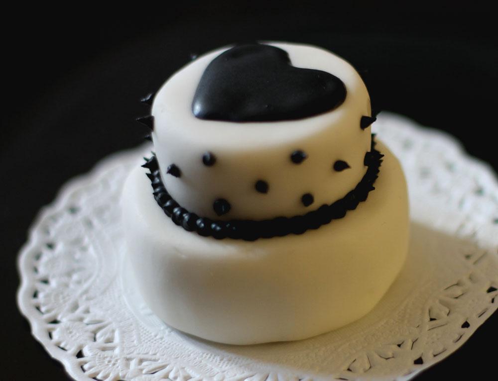 Black Heart Cake