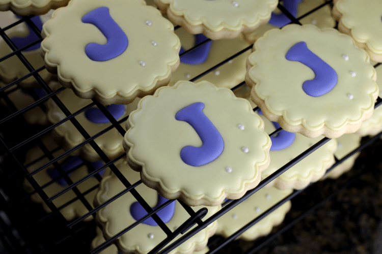 Monogram-Sugar-Cookies-1