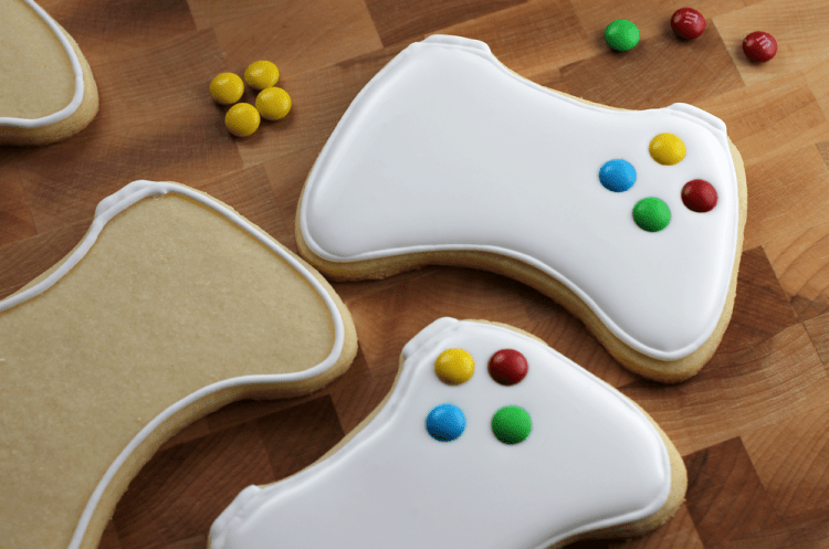 xbox-controller-sugar-cookies-filled