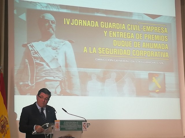 director general guardia civil premios duque de ahumada
