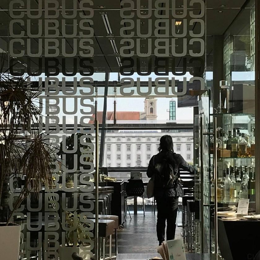 Cafe Cubus im AEC