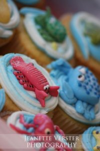 under the sea cupcakes, sugar paste sea animals, jeanette verster