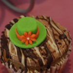 horse racing themed cupcakes