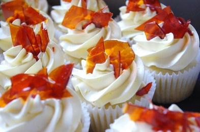 creme brulee cupcakes, custard buttercream