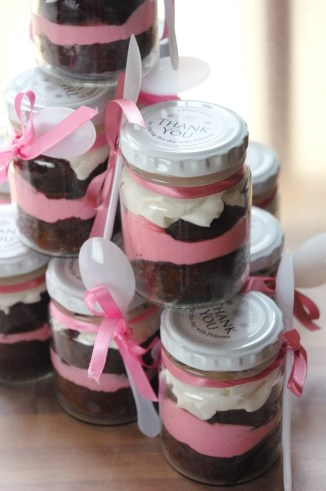 Neapolitan cupcake-in-a-jar, bridal shower favours